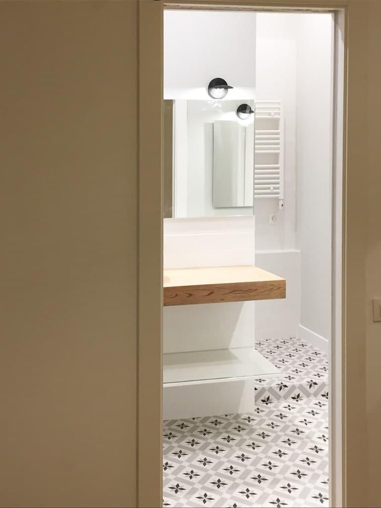 Reforma de baño con plato de ducha en Barcelona